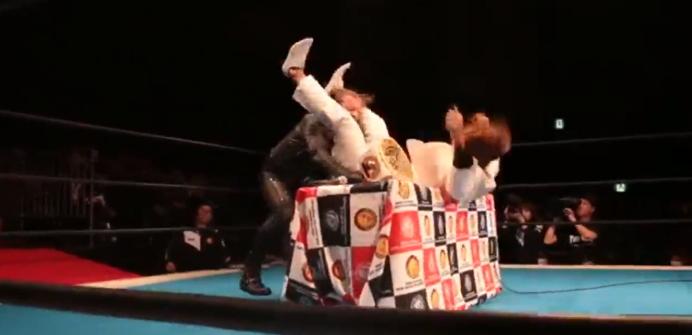 内藤とジェリコの試合はノーDQマッチに変更