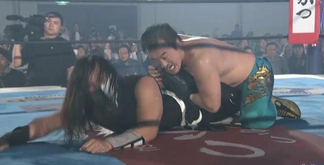 怖い田口がDOUKIを撃破!新日本プロレスのプライドと勝ち点を死守