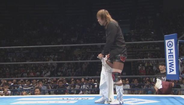 G1制覇への1歩目で矢野に視界を遮られた内藤哲也。
